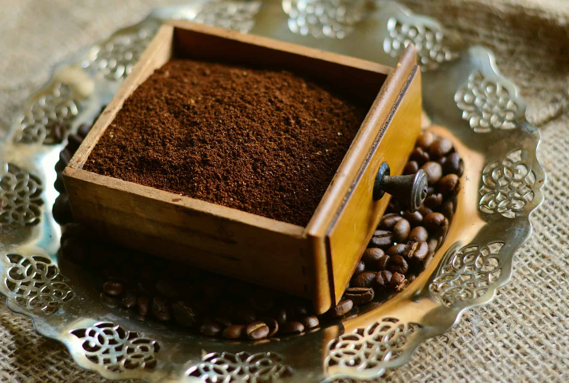 Coffee Powder with Beans